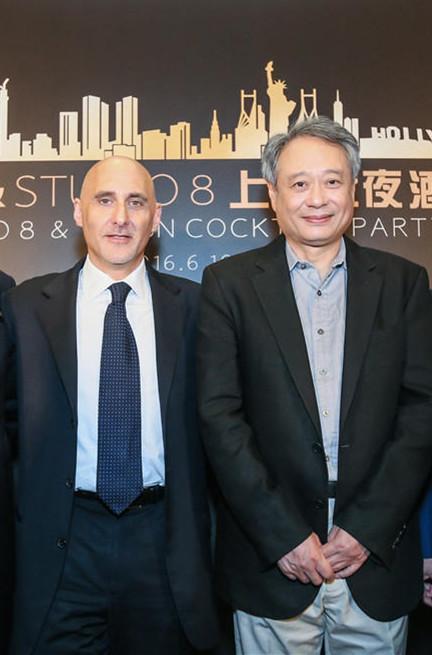 李安上海行:全中国的电影大佬都想和他见面