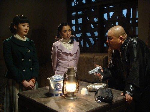 《谍变1939》掀收视热潮 王晓晨许晴姐妹情深