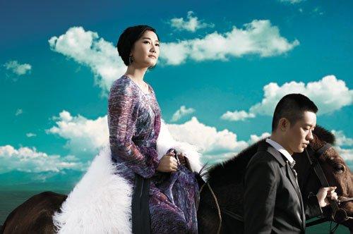 凤凰传奇:坚持民族风期待草原音乐节的到来
