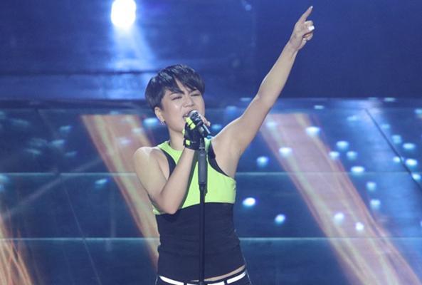 19时新歌声杨美娜直播:东北版蕾哈娜来了!