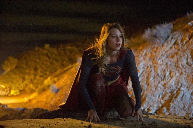 为吸引年轻观众 《女超人》第二季或转至CW播