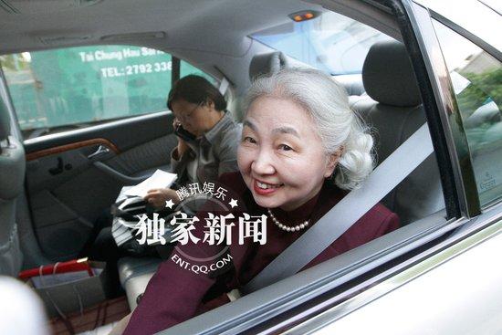 独家:郭晶晶父母赴港参加婚礼 证婚人现身霍宅