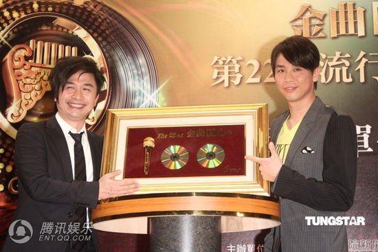 第22届台湾金曲奖提名名单公布 周杰伦PK王力宏