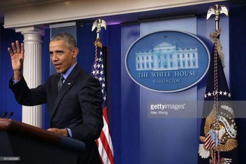 奥巴马抛下记者会去看《星球大战7》了