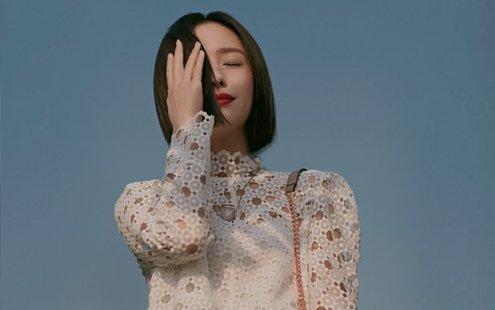 佟丽娅夏日时尚写真曝光 优雅玩转复古格调