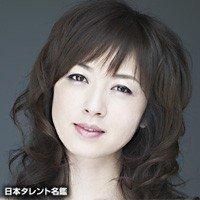 高冈早纪家中产女成未婚妈妈 妹妹不满媒体报道