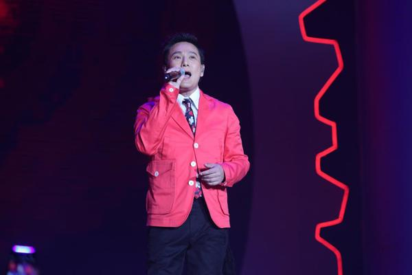 QQ音乐年度盛典温情开场 陈洁仪张信哲经典重现