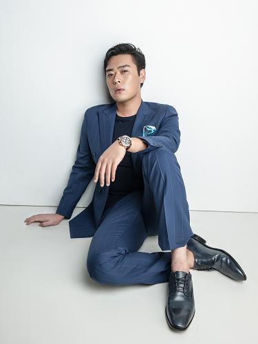 张桐《大导归来》型男回归霸道总裁