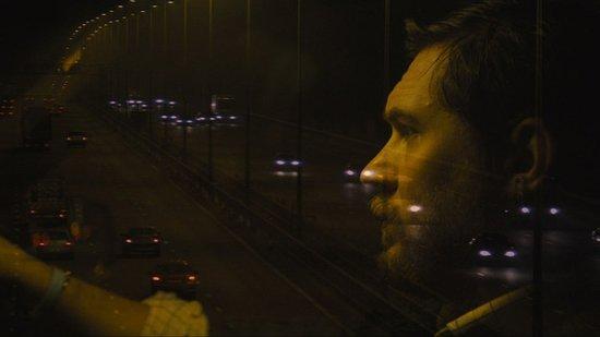 [威尼斯伤人]汤姆·哈迪的新片让人怀念《富春》