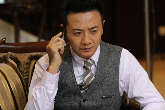 """《胜女2》湖南热播 张岩挑战""""腹黑商人"""""""