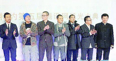 燕赵都市报:《让子弹飞》成星光大典最大赢家