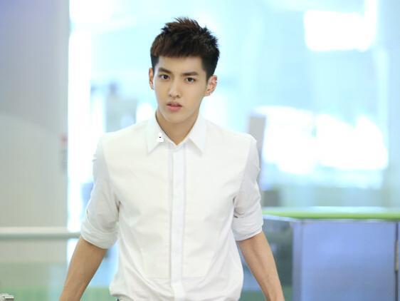 《致青春2》年后开机 吴亦凡确定出演男主角