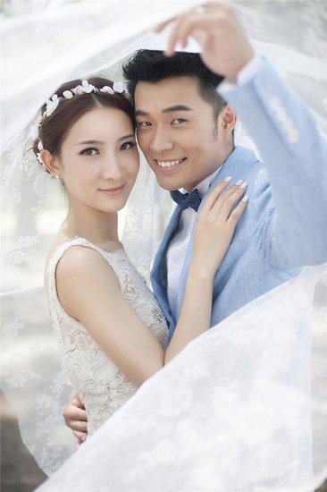 法制晚报:曾小贤和陈赫 演着演着就习惯了