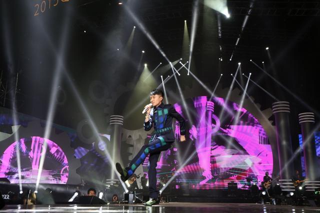 苏打绿首登内地颁奖礼 斩获年度最佳唱作乐团