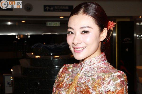 刘璇否认疯子结婚 笑言现在做体操都无问题