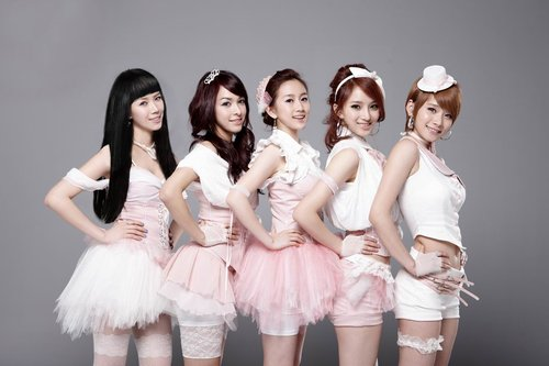 天娱打造亚洲蜜女天团 i Me首发声发表爱的宣言