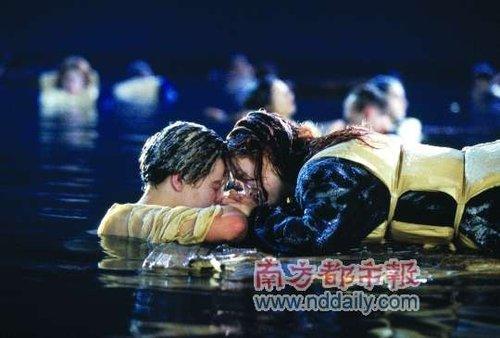 《泰坦尼克号》为何三次延期 解开影院密钥之谜