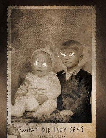 《黑衣女人》曝光动态海报 婴儿照片魔鬼现身