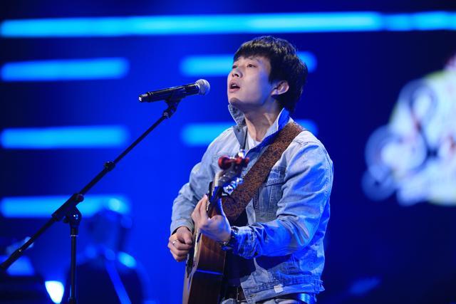 《中国好歌曲》民谣歌手赵雷 最美歌词打动刘欢