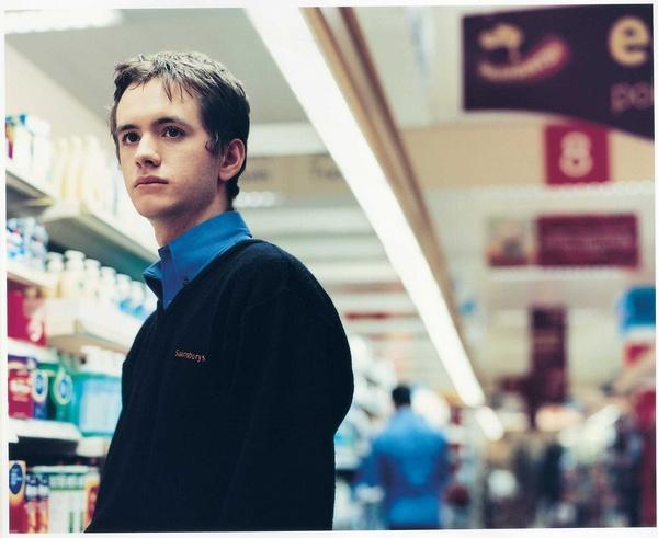 时间停止超市篇高清_[ 摘要]英国暖心爱情故事浪漫放映,寂寞的午夜超市,绘画天才让时间