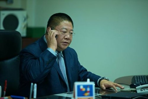 """刘金山《婚姻保卫战》演""""抠神"""" 细节被奉经典"""