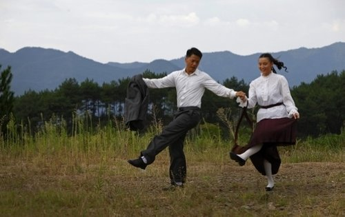 段奕宏《圣天门口》中连秀舞技 舞步中体味角色