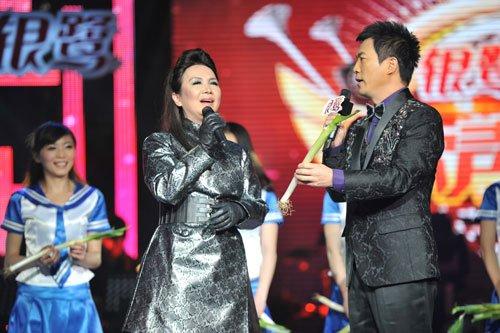 """《歌声传奇》二女争一男 黄龄被指""""老上海控"""""""