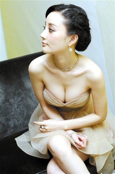 李小璐:转型女性美没错