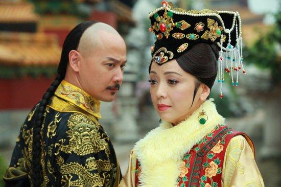 邓萃雯成《新还珠格格》亮点 这个皇后很温柔