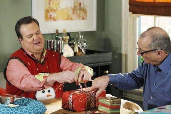 《摩登家庭》圣诞集剧照