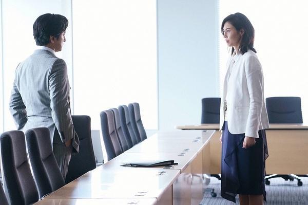 石原里美并没告诉你们日本真正职场女性的样子