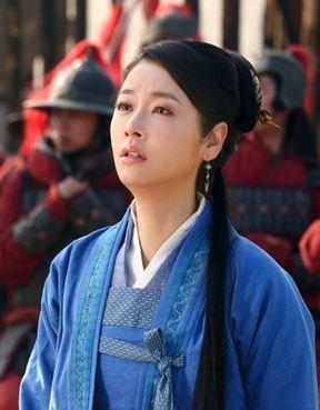 刘诗诗与林心如互送香吻 澄清交恶不和传闻