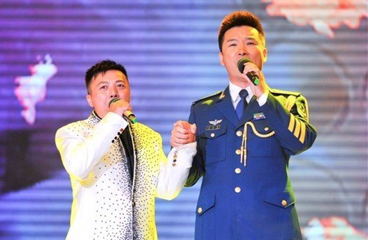 儿行千里刘和刚唱歌词曲谱