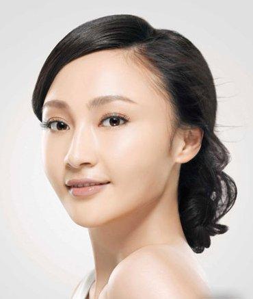 姚笛受访《娱乐现场》 称李少红生活中是小女人