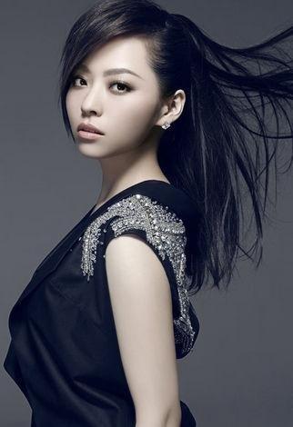 新才子佳人林俊杰、张靓颖演绎《歌舞青春》