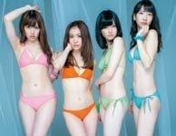 AKB48四成员拍纯色写真