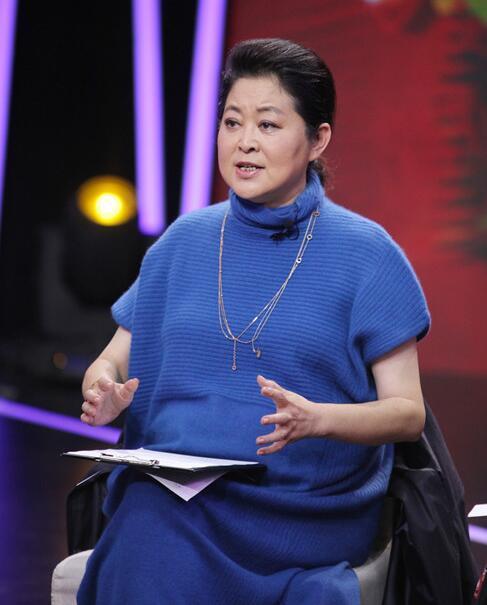 倪萍曝娱乐圈内幕:哪个明星不整容?连我都打针