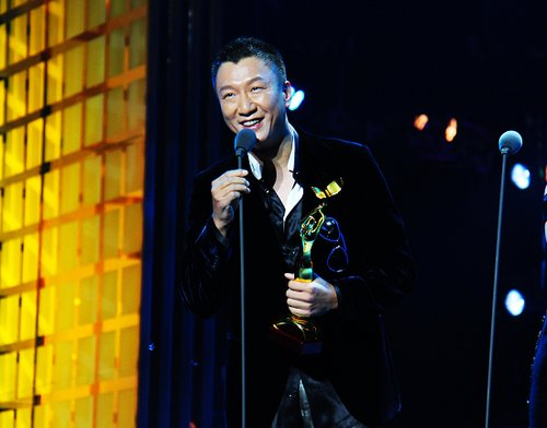 孙红雷月圆之夜笑傲长沙 金鹰节首次上演全满贯