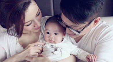 李嘉欣为许晋亨诞下儿子小JM