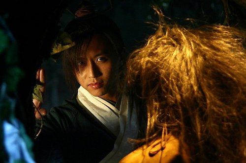 新《倚天》成7月最热剧 邓超版张无忌善爱获赞