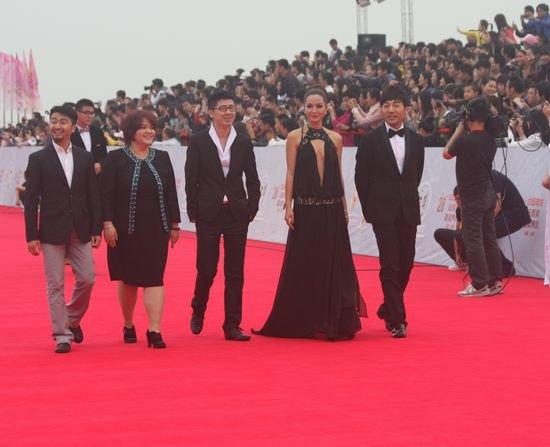 金鸡百花总造型李云涛亮相 《宝马狂想曲》抢眼