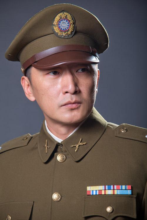 《马上天下》开拍 邵峰演教官展军旅风采