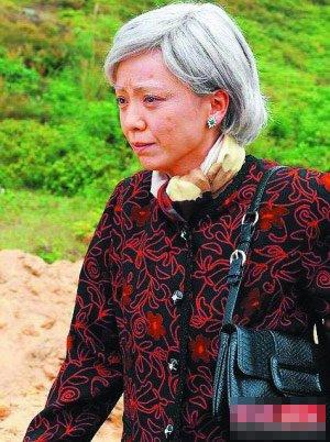 《巾帼2》开播收视超《公主》 邓萃雯如妃附体