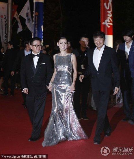 汤唯主持釜山电影节开幕式 外媒 尽是中国味图片