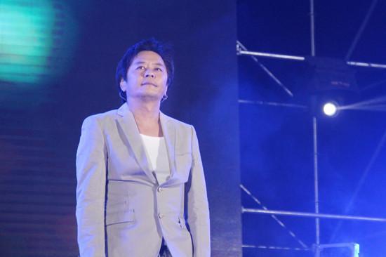 王杰北京演唱会万事达8月8日开唱 压轴献唱户外音乐节