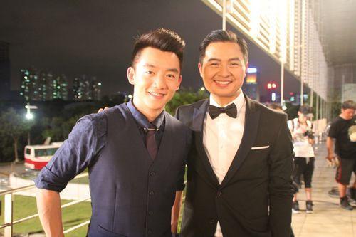 文祥加盟《年少轻狂》 与郑恺饰高帅富父子