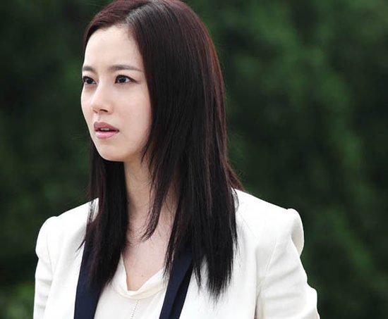 韩剧《善良的男人》将播 文彩媛演绎冷傲富商