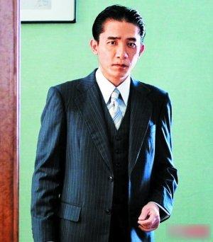 """电影圈开拍魔术电影 梁朝伟周迅""""围剿""""刘谦"""