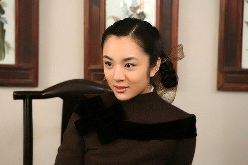 《谍变1939》多地热播 王晓晨遗憾旗袍造型太少