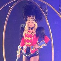 Lady Gaga自封微博皇后 布兰妮称有可能合作